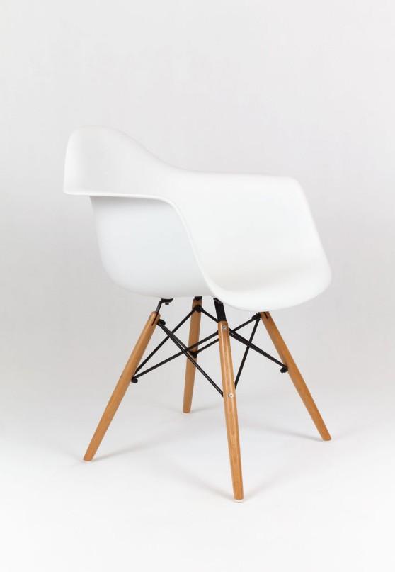 Eiffel Design karfás szék - www.voxbutor.com